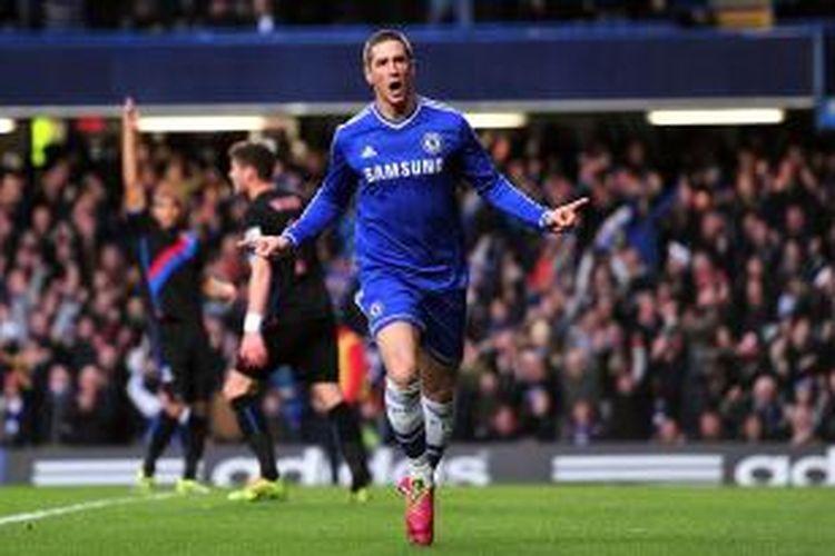 Bomber Chelsea, Fernando Torres, meluapkan emosinya seusai membobol gawang Crystal Palace dalam lanjutan Premier League, Sabtu (14/12/2013).