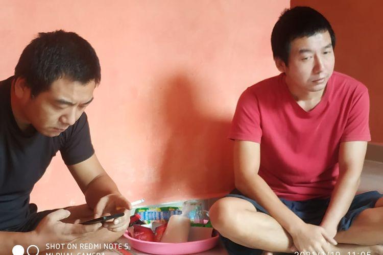 WNA asal China yang tertangkap di salah satu kontrakan di Kecamatan Singkut, Kabupaten Sarolangun,Jambi