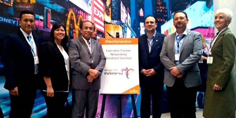 Delegasi Indonesia bersama panitia Cruise Lines International Association (CLIA) Cruise-360 Australasia 2019 yang diselenggarakan di Sydney, Australia, Jumat (30/8/2019).