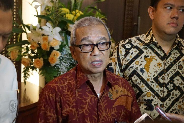 Ketua PPMuhammadiyah Bidang Hukum dan HAMBusyro Muqoddas seusai bertemu Ketua DPR Bambang Soesatyo terkait pembahasan RUU Antiterorisme, di gedung Nusantara III, Kompleks Parlemen, Senayan, Jakarta, Senin (21/5/2018).