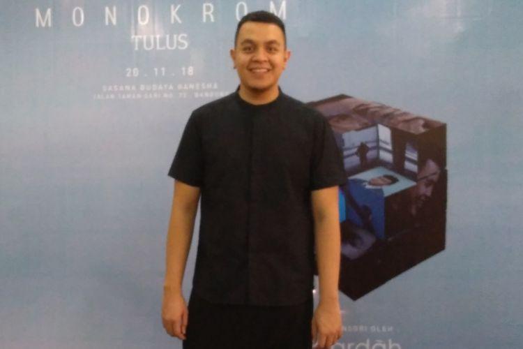 Tulus mengadakan konser Monokrom di Bandung, Selasa (20/11/2018).