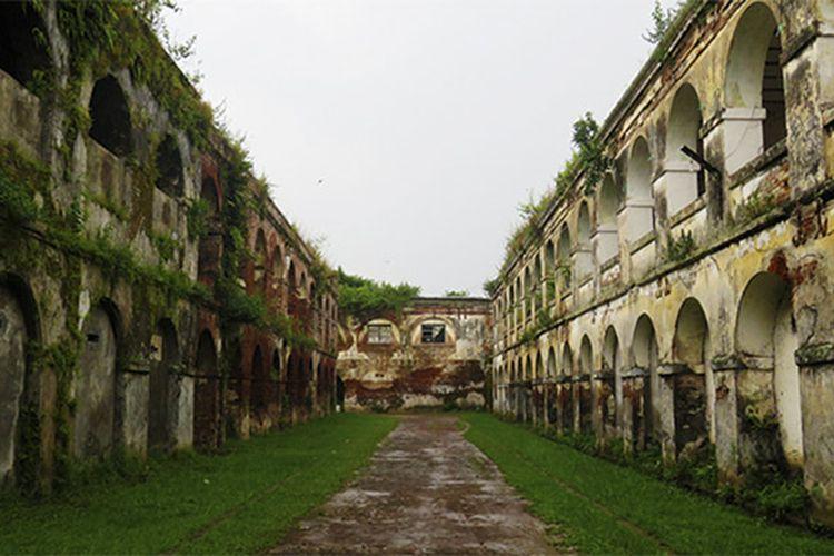 Bangunan Benteng Pendem Ambarawa yang masih otentik.