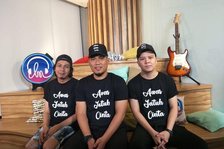 Armada Band saat jumpa pers peluncuran single terbaru Awas Jatuh Cinta di kawasan Gatot Subroto, Jakarta Selatan, Kamis (30/1/2020).