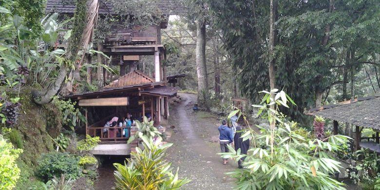 Suasana di Desa Wisata Kampoeng Djowo Sekatul, Kendal, Jawa Tengah, Minggu (4/2/2018).