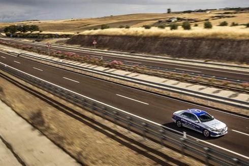 Hasil Tes Mercy E-Class Hibrida Jelajah Afrika hingga Inggris