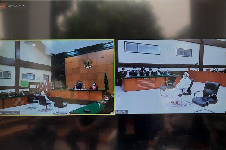 Terdakwa Rizieq Shihab menjalani sidang vonis terkait kasus tes usap di RS Ummi Bogor, Kamis (24/6/2021).