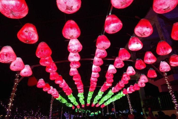 Penutupan Festival Lampion Taiwan di Teluk Dapeng, Pingtung, Taiwan, pada Minggu (3/2/2019) malam.