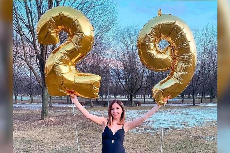 Selebgram Rusia, Yekaterina Didenko, saat merayakan ulang tahunnya yang ke-29.