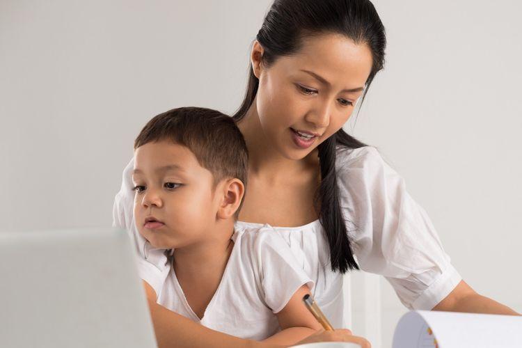 Ilustrasi ibu pekerja