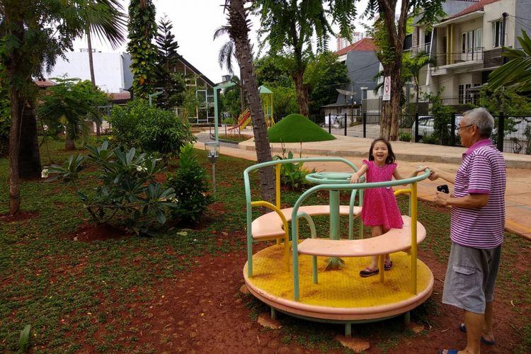 Kondisi RPTRA Jakpro Asri, Pluit, beberapa bulan setelah diresmikan, Kamis (16/11/2017). RPTRA ini digunakan warga sekitar Pluit untuk mengenalkan anak-anak pada kegiatan luar ruang.