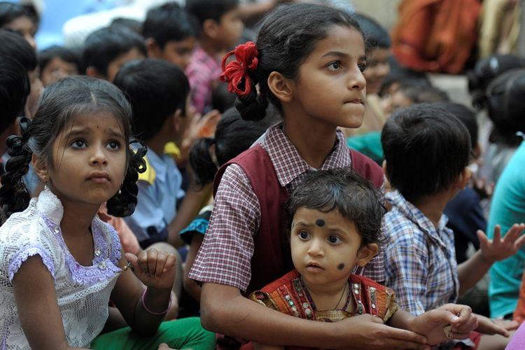 Anak-anak perempuan India berkumpul di Hari Anak Perempuan Nasional yang diperingati setiap 24 Januari di India.
