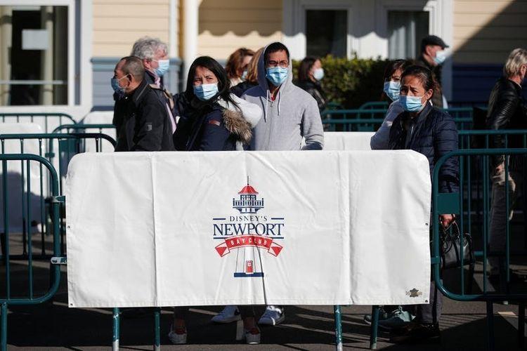 Hotel Newport Bay Club di Disneyland Paris dibuka sebagai tempat vaksinasi Covid-19, Perancis.