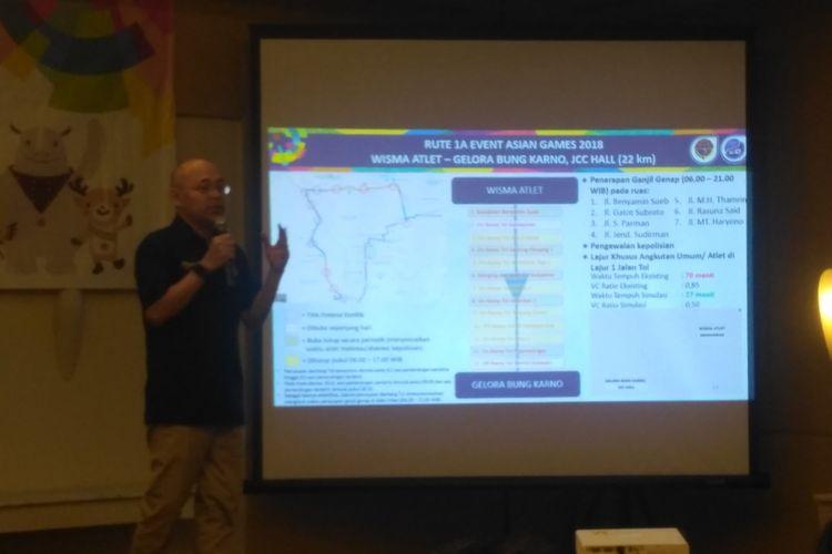 Kepala Badan Pengelola Transportasi Jabodetabek (BPTJ) Kemenhub Bambang Prihartono tengah memaparkan manajemen rekayasa lalin selama Asian Games 2018 di Jakarta, Selasa (26/6/2018).
