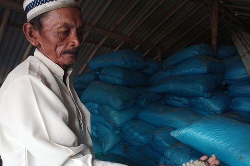 Jeritan Petani Garam di Tengah Rencana Pemerintah Impor Garam: Ribuan Kantong Tertimbun di Gudang