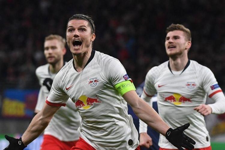 Kapten RB Leipzig, Marcel Sabitzer, merayakan gol yang ia cetak ke gawang Tottenham Hotspur pada laga leg kedua babak 16 besar Liga Champions di Red Bull Arena, Rabu (11/3/2020) dini hari WIB.