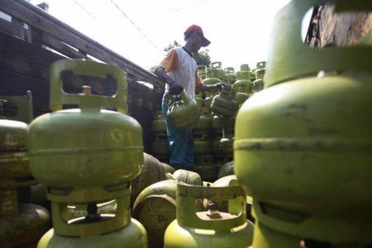Tabung gas tiga kilogram.