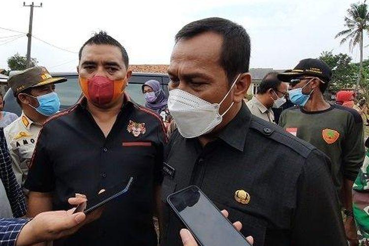 Penjabat (Pj) Sekretaris Daerah (Sekda) Pemerintah Kabupaten Bekasi, Herman Hanapi akui Pemerintah Kabupaten Bekasi mengalami keterbatasan anggaran untuk penanganan sampah dan pendangkalan Kali Cikarang