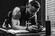 Termotivasi Sakitnya, Pria Australia Pecahkan Rekor Dunia untuk Plank