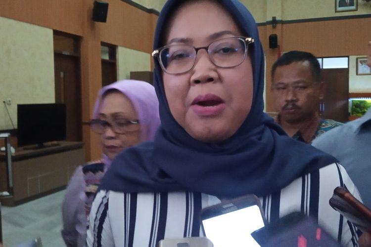 Bupati Bogor Ade Yasin saat ditemui usai menggelar rapat kordinasi dengan enam Satuan Kerja Perangkat Daerah (SKPD) terkait wabah virus Corona di Pendopo Bupati, Komplek Pemkab Bogor, Cibinong, Kabupaten Bogor, Jawa Barat, Minggu (15/03/2020).
