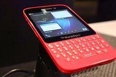 Sesama QWERTY, Apa Beda BlackBerry Q10 dan Q5?