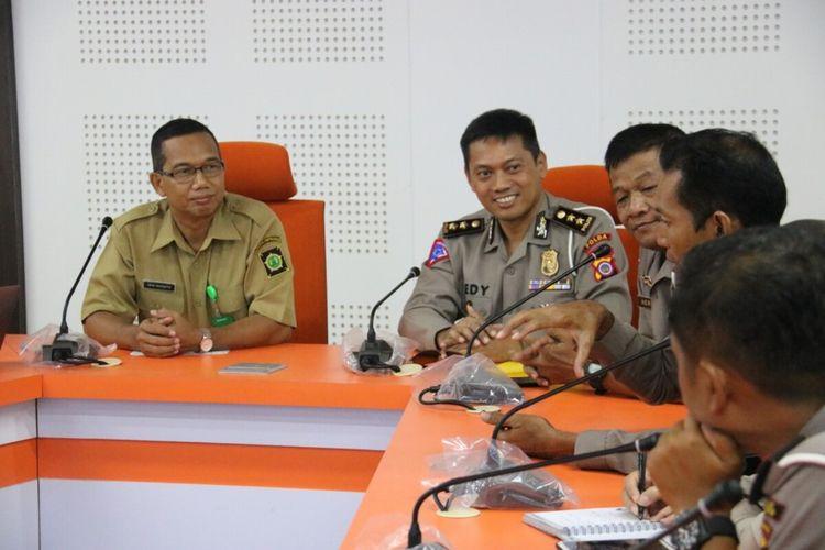 Ditlantas Polda DIY dan Kominfo Kulon Progo menggodok penerapan e-tilang seiring dengan peningkatan arus kendaraan pasca Bandar Udara Yogyakarta International
