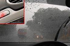 Salah Kaprah, Hujan Deras Masih Menyalakan Hazard