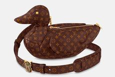 Tas Bebek Buatan Louis Vuitton x Nigo, Berapa Harganya?
