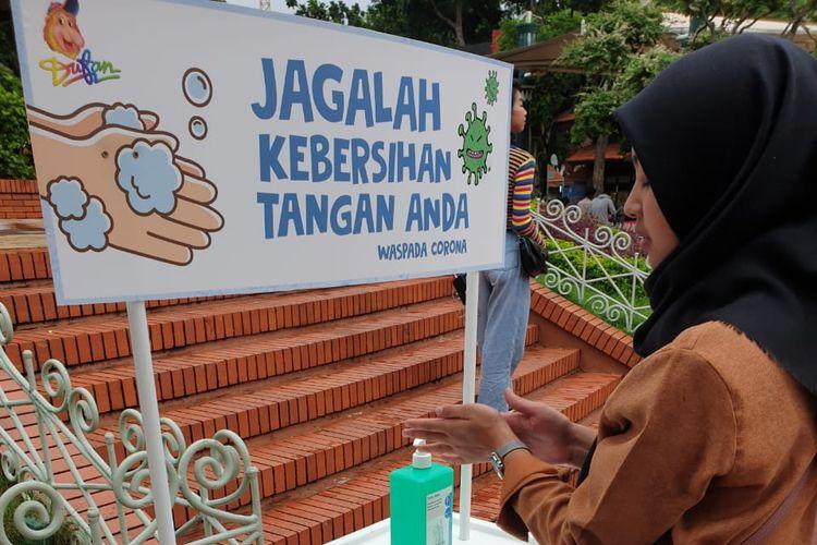 Tempat cuci tangan di Ancol.
