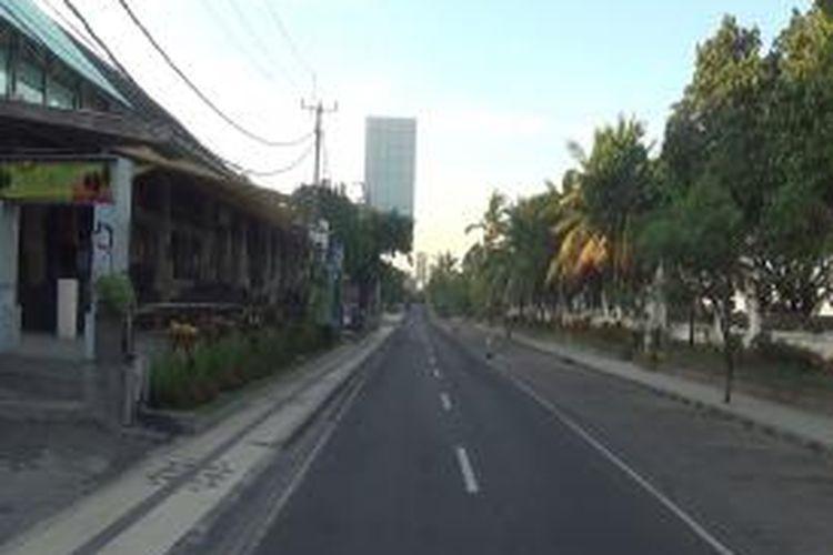 Suasana saat Nyepi pada 28 Februari 2014 lalu di jalan Pantai Kuta, Bali.