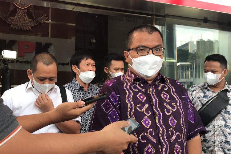 Mantan Wakil Menteri Hukum dan HAM Denny Indrayana mengunjungi Komisi Pemberantasan Korupsi (KPK) Selasa (25/5/2021).