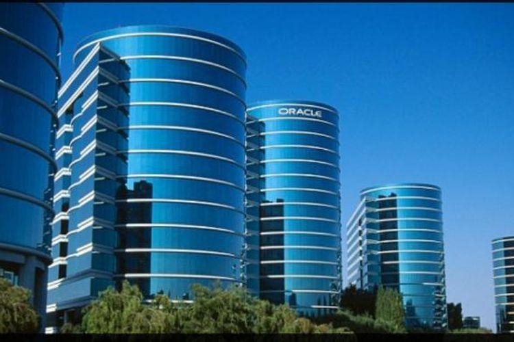 Gedung futuristik milik Oracle, salah satu dari puluhan kantor perusahaan mewah di Silicon Valley.