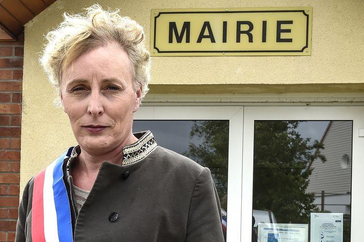 Marie Cau, Wali Kota Transgender pertama di Tilloy-Lez-Marchiennes.