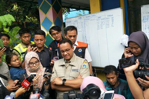 Saat Anies Bantah Pendapat Jokowi soal Sampah jadi Penyebab Banjir
