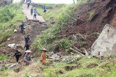Jalan Putus Akibat Tanah Bergerak, 1.000 Warga di Cianjur Terisolasi