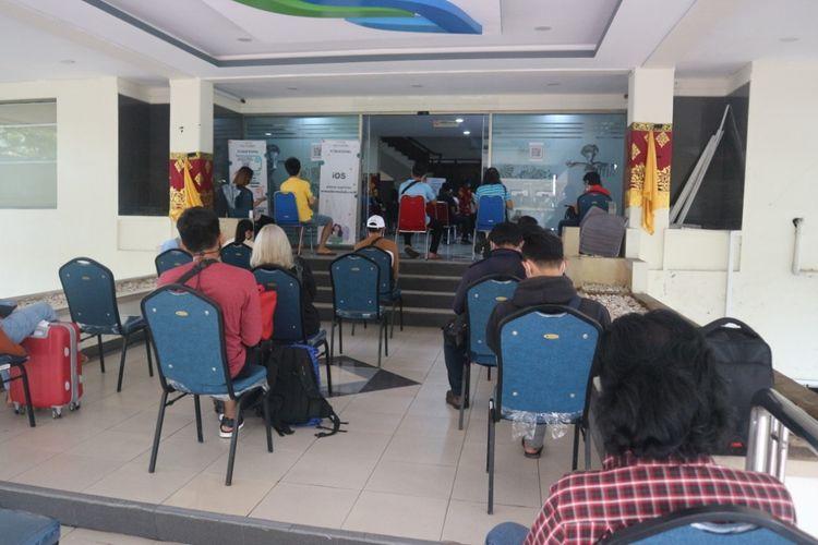 Lokasi fasilitas layanan rapid tes antigen yang baru di Gedung Wisti Sabha Bandara I Gusti Ngurah Rai