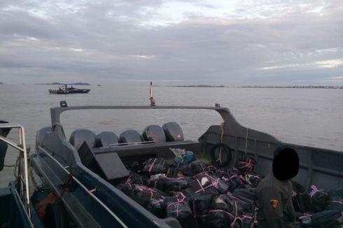 Patroli di Selat Malaka, Bea Cukai Amankan 17.000 Botol Miras dan 500.000 Batang Rokok Ilegal