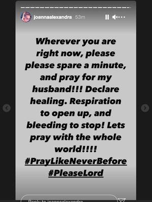 Unggahan Joanna Alexandra meminta doa untuk kesehatan sang suami, Raditya Oloan