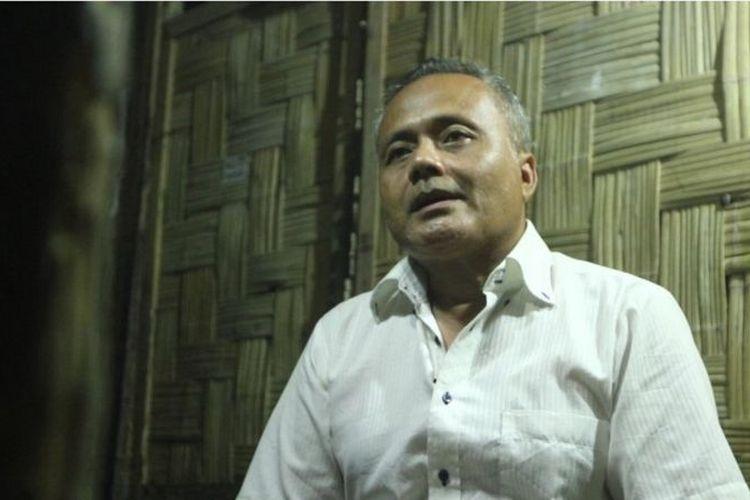 Saya menemukan apa yang saya cari. Yaitu ajaran Bung Karno. Saya penasaran sekali dengan Pancasila dan agama, kandungan-kandungan di situ, kata Aldi Nasution.