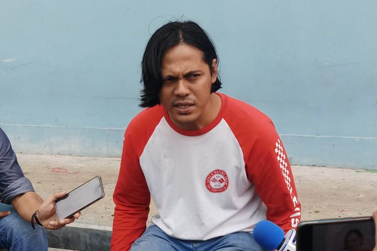 Suami dari mending Ria Irawan, Mayky Wongkar saat ditemui di kawasan Tendean, Jakarta Selatan, Selasa (14/1/2020).