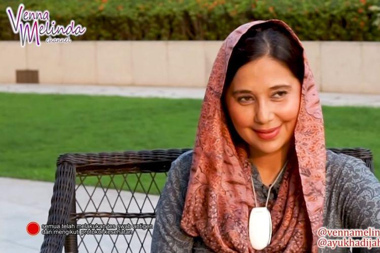 Aktris Ayu Azhari