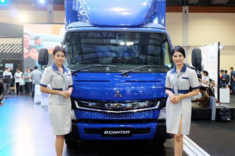 Kendaraan niaga ramah lingkungan truk elektrik Mitsubishi Fuso eCanter