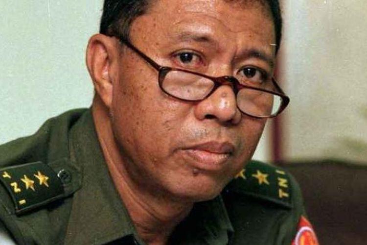 Mantan Menteri Dalam Negeri Syarwan Hamid.