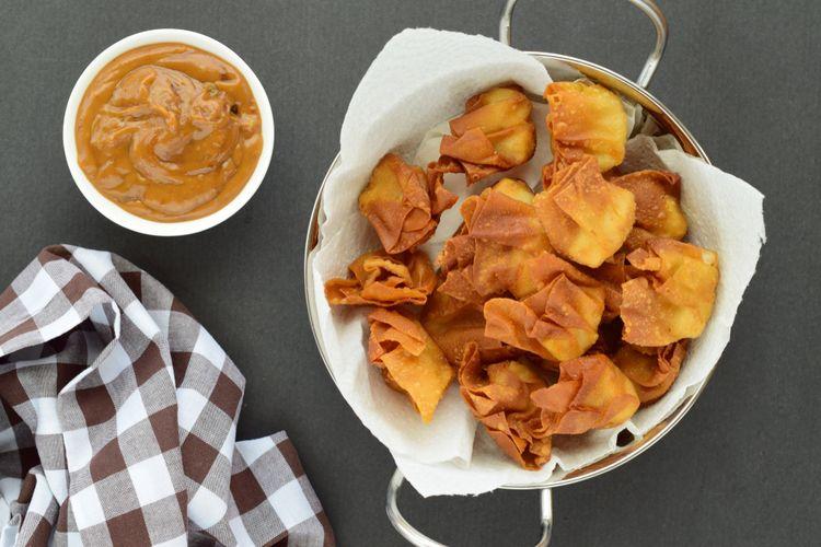 Ilustrasi pangsit goreng.