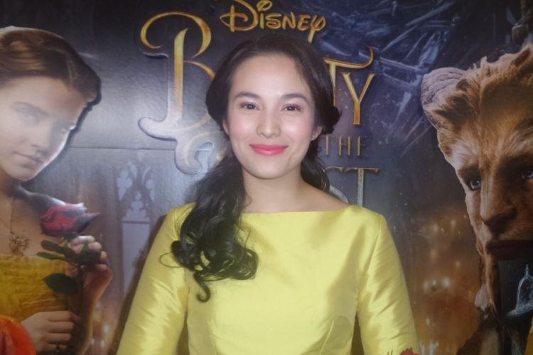 Chelsea Islan usai menghadiri pemutaran film Beauty and the Beast di XXI Lippo Mal Puri, Jakarta Barat, Rabu (15/3/2017) malam.