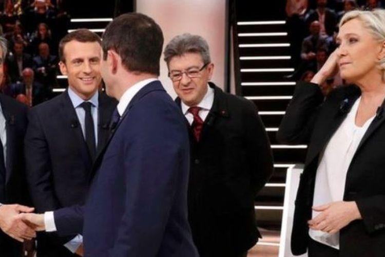 Para calon presiden Perancis, Francois Fillon, Emanuel Macron, Benoit Hamon, Jean-Luc Melenchon dan Marine Le Pen beberapa saat menjelang debat.
