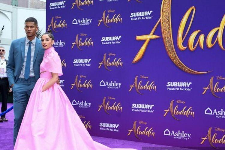 Pemeran Putri Jasmine di Film Aladdin, Naomi Scott, bersama suaminya, Jordan Spence.
