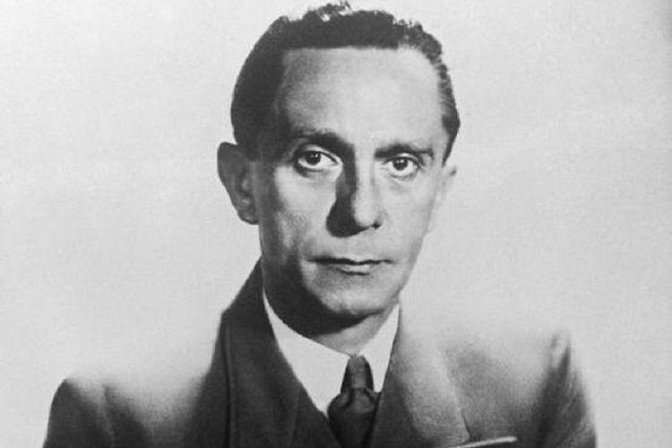 Joseph Goebbels, ahli propaganda Nazi Jerman.