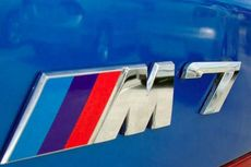 BMW M Racik Model Performa Seri 7