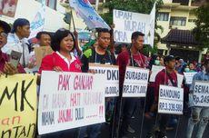 Jelang Penetapan UMK, Serikat Buruh Jateng Demo di Depan Kantor Gubernur