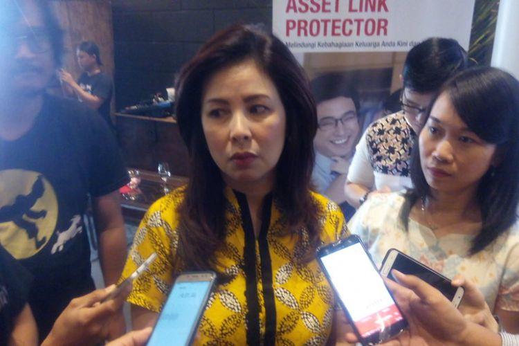 Direktur Bancassurance Great Eastern Life Indonesia, Nina Ong menjelaskan pentingnya asuransi jiwa di Jakarta Selatan, Rabu (31/10/2018).